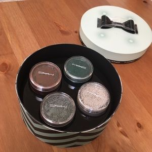 MAC Guilty Passions Brilliantly Cool Crushed Metal
